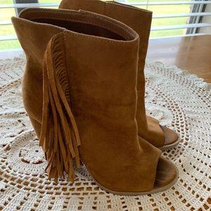 Fringe Peep Toe Heeled Brown Boots DV brand